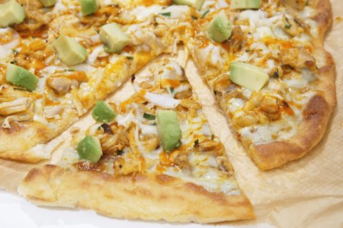 Low-Carb Buffalo Chicken Pizza
