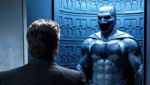 The Flash: Batman Set Photos Offer New Look at Dark Knight