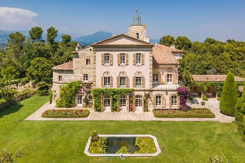 You Can Now Rent JFK's Summer Home in the South of France—Here's an Inside Look