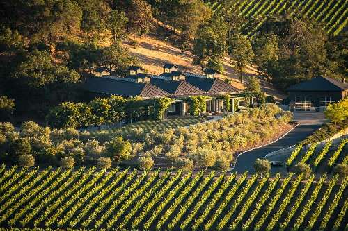 Experience California Wine Country in Style at These 9 Effortlessly Luxurious Vineyards