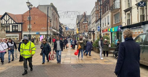 1 in 3 Lincs Live readers say they won't visit shops next week