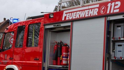 Düsseldorf: Schock für ein Paar – plötzlich sind Kind und Hund im Auto eingeschlossen