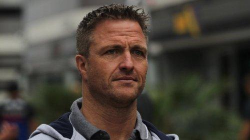 """Sky: Formel 1-Experte Ralf Schumacher explodiert live im TV – """"Setzen sechs!"""""""