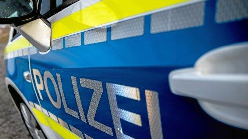 Gelsenkirchen: Polizisten betreten Pizzeria – sofort will Mitarbeiter durch Hintertür verschwinden