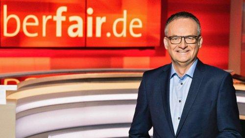 """""""Hart aber fair"""" (ARD): Frank Plasberg fassungslos, als er DAS hört – """"Haben wir alle getrunken?"""""""