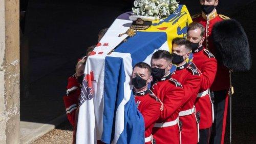 """RTL zeigt SIE bei der Beerdigung von Prinz Philip: Zuschauer empört – """"Lächerlich!"""""""
