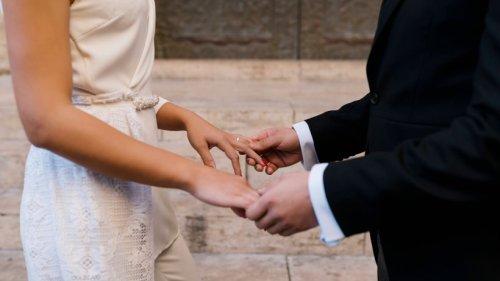 Hochzeit: Bräutigam will seine eigene Tochter (9) nicht dabei haben – der Grund ist nicht zu fassen