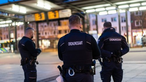 Corona in NRW: Lockdown verlängert – Erste Revierstadt mit Ausgangssperren ++ DIESE Freizeitangebote werden explizit verboten!