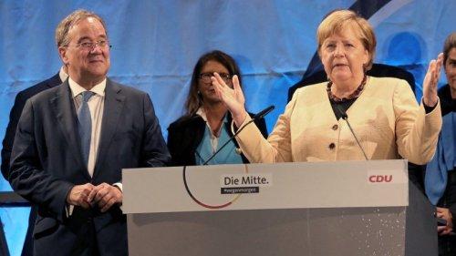 Angela Merkel: Wahlkampf-Auftritt mit Laschet wird zum Desaster – sogar SPD-Politiker hat Mitleid
