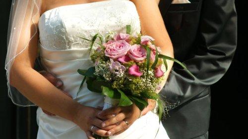 Hochzeit: Paar hat üble Vorahnung – dann werden die schlimmsten Befürchtungen wahr