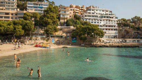 Urlaub auf Mallorca: Streit am Strand eskaliert völlig! Urlauber gehen auf die Barrikaden