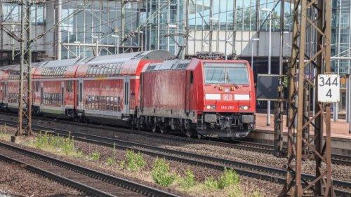Hochwasser in NRW: Diese Bahnstrecken bleiben noch gesperrt – HIER gibt es nicht einmal Ersatzverkehr