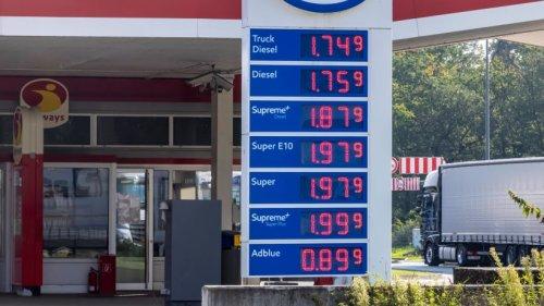 """Essen: Preis-Schock an der Tankstelle! Kunden rasten aus – """"völlig bescheuert"""""""