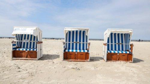 """Urlaub an der Nordsee: Menschen entdecken DAS am Strand und warnen – """"Unbedingt fernhalten"""""""