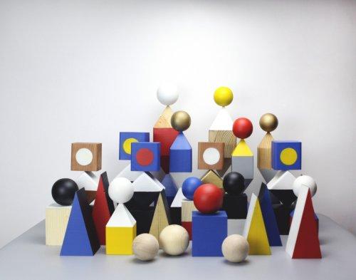 Objekts: A Collection of Modular, Geometric Wooden Sculptures
