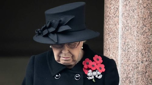 Queen Elizabeth Sadness: Debate Sparks As Her Majesty Caught Dabbing Eye After Funeral