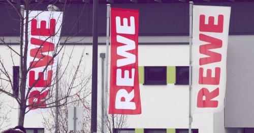 Rückruf bei Rewe: Salmonellen-Verdacht in beliebter Wurst! | desired.de