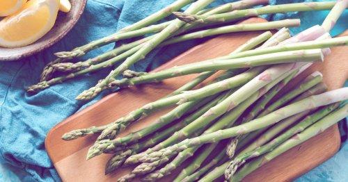 Spargel roh essen: Zubereitungs-Tipps und Vor- und Nachteile | desired.de