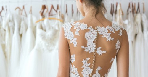 Günstige Brautkleider von H&M, Asos & Co.: 10 Modelle unter 200 Euro!   desired.de