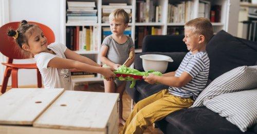 Kind akzeptiert keine Grenzen: Warum Kinder Grenzen austesten   desired.de