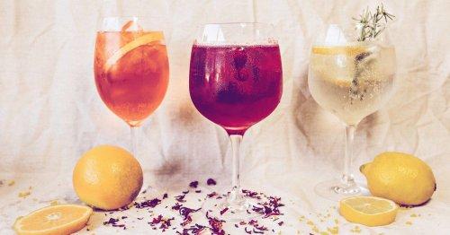 Wein Cocktails: 3 einfache Rezepte für erfrischende Sommer-Drinks | desired.de