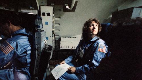 De Christa McAuliffe a Sian Hayley Proctor: cuando 35 años después viaja al espacio la primera profesora civil de la historia - DESOPHICT