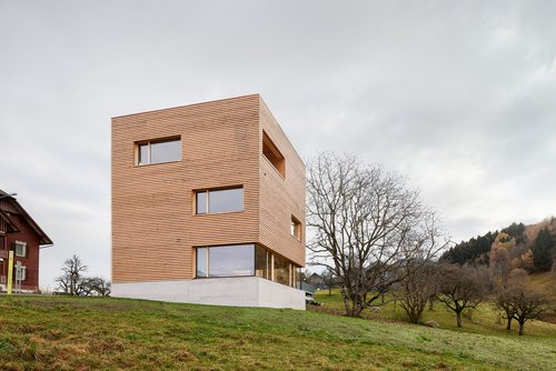 Aus eigener Produktion: Wohnhaus von firm Architekten in Frastanz