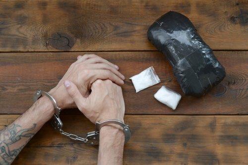 Zurück zum Thema | Drogenkriminalität – Welche Folgen hat die niederländische Drogenkriminalität? | detektor.fm – Das Podcast-Radio