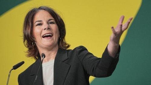 Ampel-Pläne - Baerbock befürwortet neue Schulden für Finanzierung