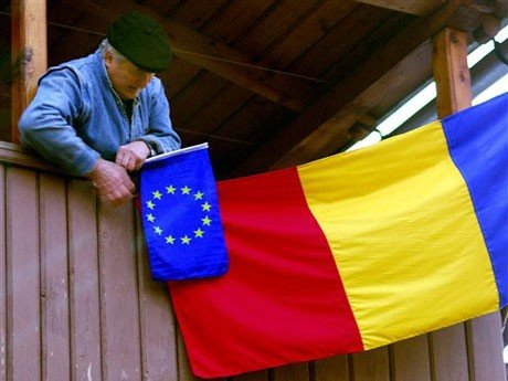 "Featurearchiv – Sorgen (2/3) - Eurogeneration ""Allein gelassen"""