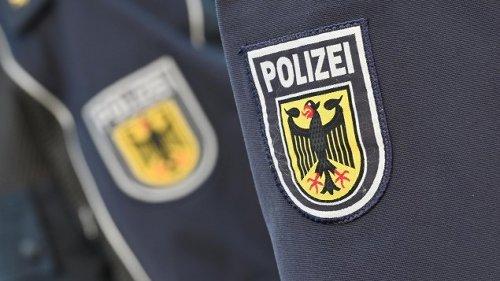 Rechtsextremismus in Polizei-Chats - Alltagskommunikation mit rassistischen Witzen