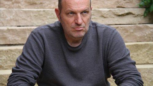 """Autor Andreas Steinhöfel - """"Du musst den Kindern auf Augenhöhe begegnen"""""""