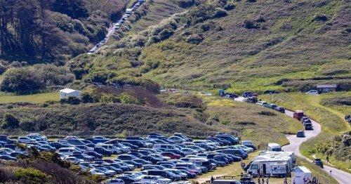 Beach car park responds to angry TripAdvisor reviews