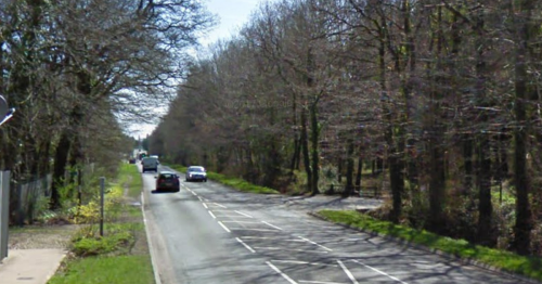 Woman trapped in car after three-car crash in Bovey Tracey