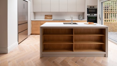 Ten kitchens with islands that make food preparation easier and more enjoyable