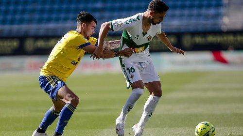 El Cádiz CF puede subir o bajar hasta dos puestos en la última jornada