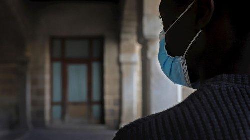 Quince chavales provenientes de Melilla deambulan sin cobijo por Jerez