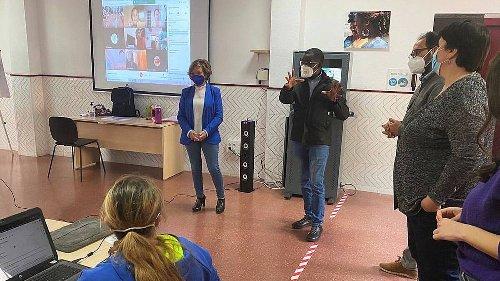 'Zona Joven', el espacio para jóvenes para aprender y divertirse