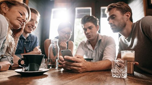 ¿Estamos 'enganchados' al móvil?