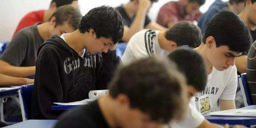 Estudantes poderão se candidatar a bolsas remanescentes do Prouni no início de maio