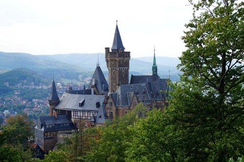 Die schönsten Burgen und Burgruinen im Harz · Die Gradwanderung
