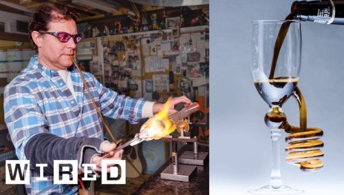 Professional Glass Blower Gives An Eye-Popping Demonstration On Making A Beautiful Drinking Glass - Digg