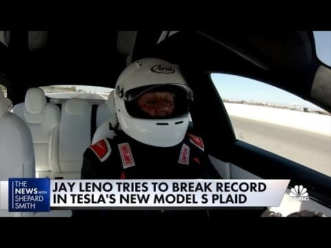 Jay Leno Gives His Opinion On The Tesla Model S Plaid After Trying To Break A Speeding Record - Digg