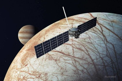 SpaceX's Falcon Heavy wins major NASA contract for Jupiter moon mission