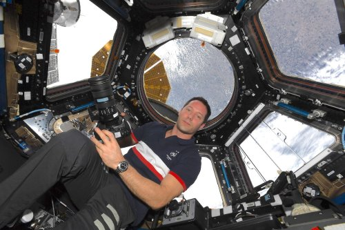 ISS astronaut reveals how he captures all those amazing Earth photos