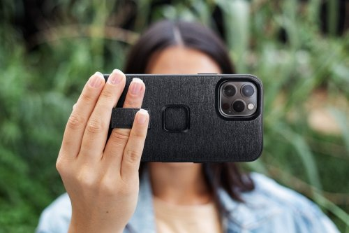 Peak Design's new universal phone case could meet all your mounting needs