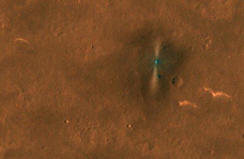 NASA Mars orbiter spots China's rover on Martian surface