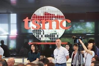 TSMC expects flat 2Q21, raises capex outlook