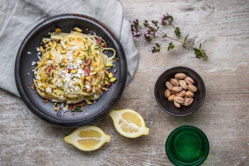 Pasta mit Feigenblatt-Sahne und Pistazien - Dinner um Acht