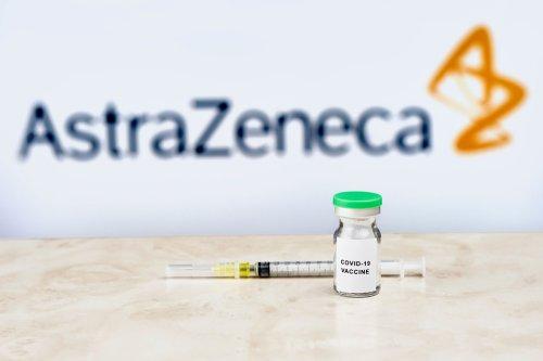 Ema su AstraZeneca: in corso ulteriore analisi su legame tra trombosi e vaccino - DIRE.it